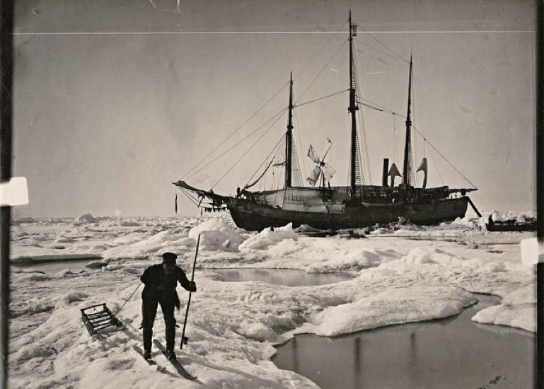 Schiff Fram im Eis
